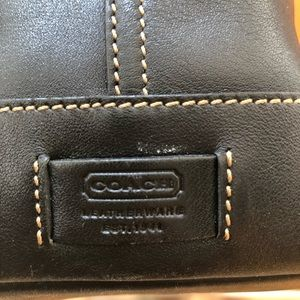Coach Bags - Coach Leather Tote (Vintage)